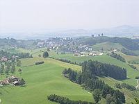 Obersicht aus der Ferne auf Menzingen.jpg