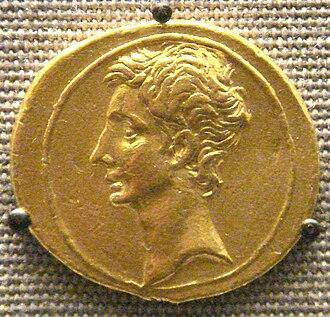 Aureus - Aureus of Octavian, c. 30 BC.