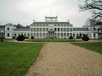 Soestdijk Palace - A front view of the Palace in 2004