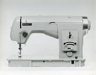 Marco Zanuso - Sewing machine mod. 1102 (Fratelli Borletti). Compasso d'oro Award. Photo by Paolo Monti, 1956
