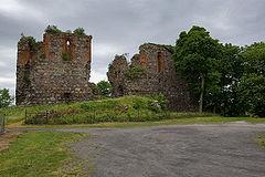 Ruiny zamku krzyżackiego z XIV wieku