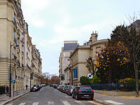 Paris rue louis boilly.jpg
