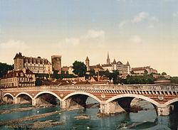 Le château de Pau vers 1900.