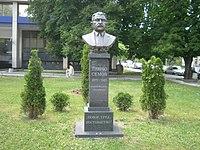Pencho Semov Monument.JPG