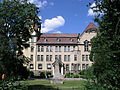 Perelsplatz Gymnasium7.JPG