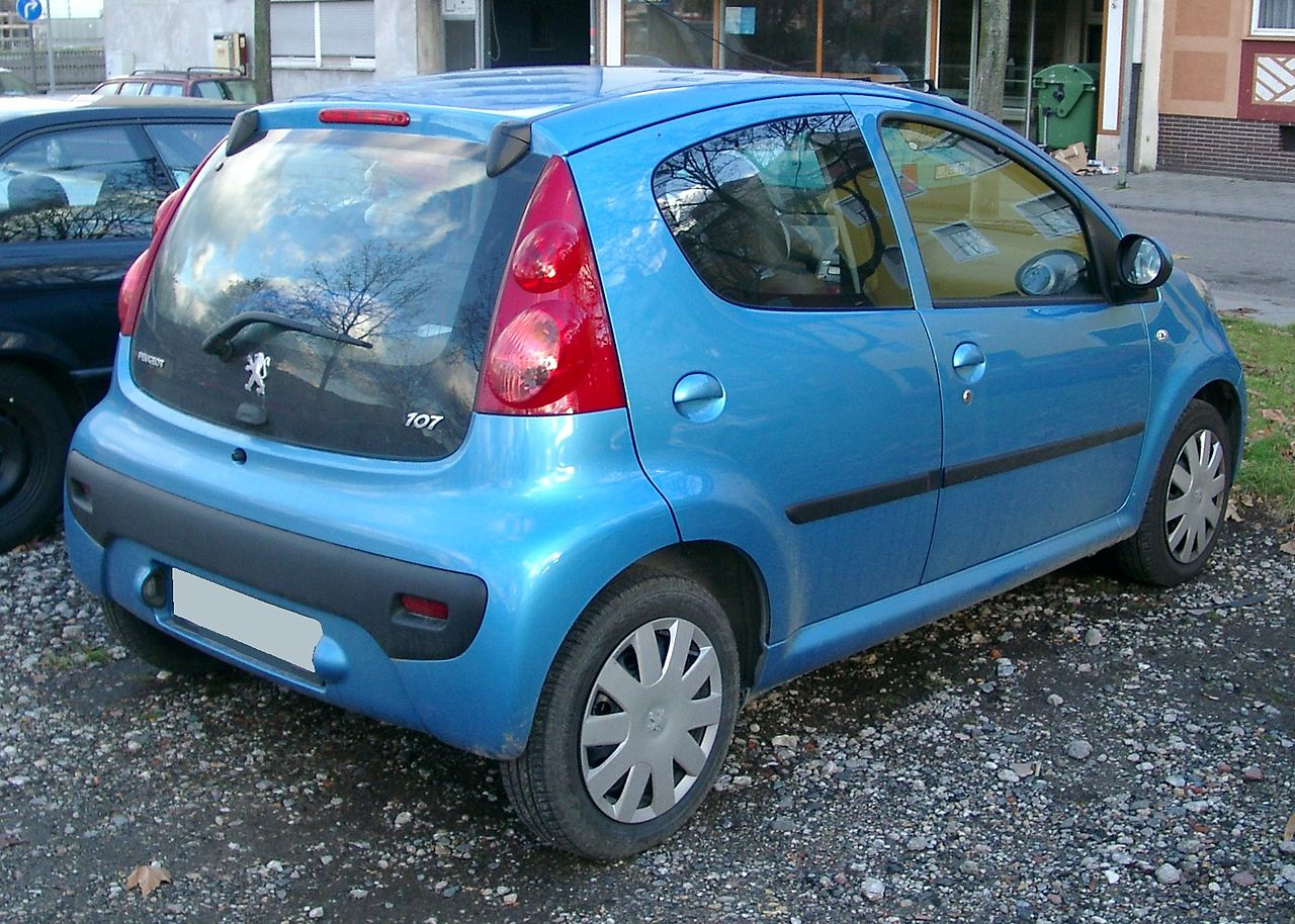 file:peugeot 107 rear 20071203 - wikimedia commons