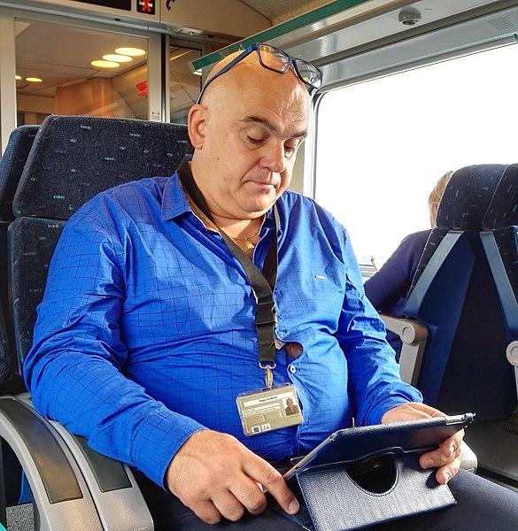 Philippe Dodrimont dans le train Liège-Bruxelles