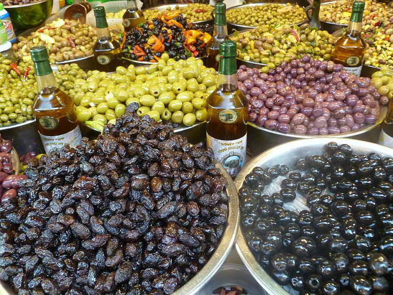זיתים בשוק הכרמל תל אביב