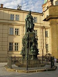 Pomník Karla IV. (Staré Město), Praha 1, Křižovnické nám., Staré Město.JPG