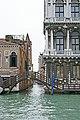Ponte privato di Ca' Rezzonico - Venezia.jpg