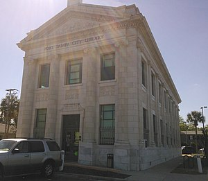Port Tampa (neighborhood) - The Port Tampa Public Library