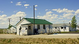 Post Office in Powder River, Wyoming.jpg