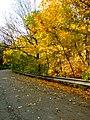 Praha, Jinonice, podzim a svodidlo II.jpg