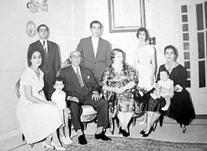 Shukri al-Quwatli - Quwatli and members of his family in Beirut 1966. From Left: Huda, Mahmud, Shukri al-Quwatli, Hassan, Bahira al-Dalati, Hala and Hana.