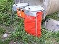 Pustověty, nádoby na nápojové kartóny.jpg