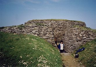 Sanday, Orkney - Quoyness chambered cairn