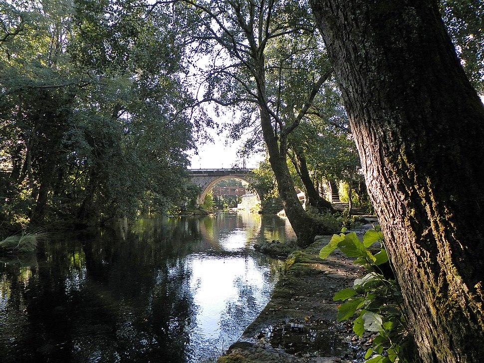 Río Verdugo ao seu paso por Pontecaldelas