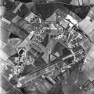 RAF Chelveston - Aerial photograph of RAF Chelveston, oriented north, 9 May 1944