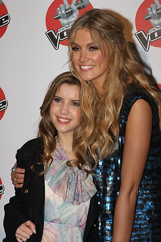 Rachael Leahcar - Leahcar with her coach and mentor Delta Goodrem in June 2012.