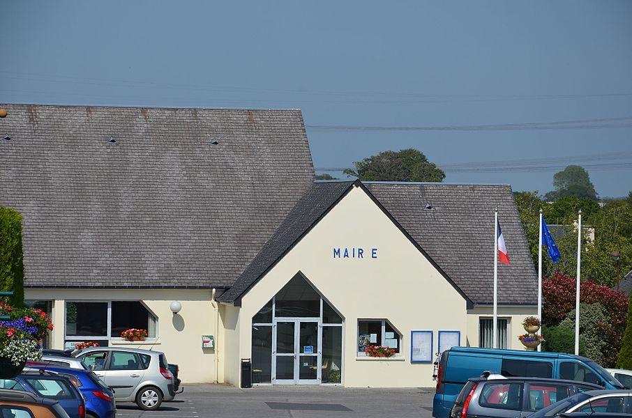 Mairie de Rauville-la-Bigot.