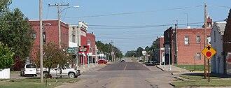 U.S. Route 136 in Nebraska - Looking east along US 136 in Red Cloud, Nebraska