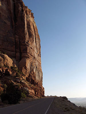 Rim Rock Drive - Rim Rock Drive cliff