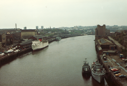 Newcastle was once a major industrial centre particularly for coal and shipping RiverTyne2.png