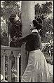 Romantisk par, ca. 1917 (12428851345).jpg