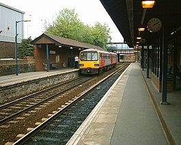 Rotherham Central Station 06-05-04.jpg