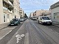 Rue Bataille (Lyon) - vue de la rue (partie ouest).jpg