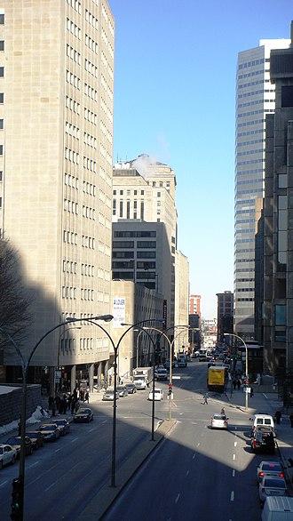 De la Gauchetière Street - Image: Rue de La Gauchetière