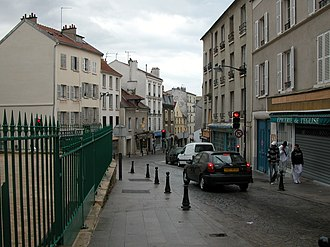 Fontenay-sous-Bois - A road in the centre of Fontenay-sous-Bois