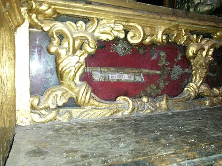 Relics of St. Justin and other early Church martyrs can be found in the lateral altar dedicated to St. Anne and St. Joachim at the Jesuit's Church in Valletta, Malta. S. Iusti M..jpg