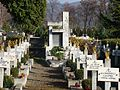 Sanok cmentarz wojskowy kwatera 2008.jpg