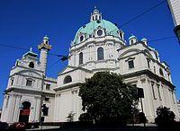 Seitenansicht der Karlskirche in Wien - panoramio.jpg
