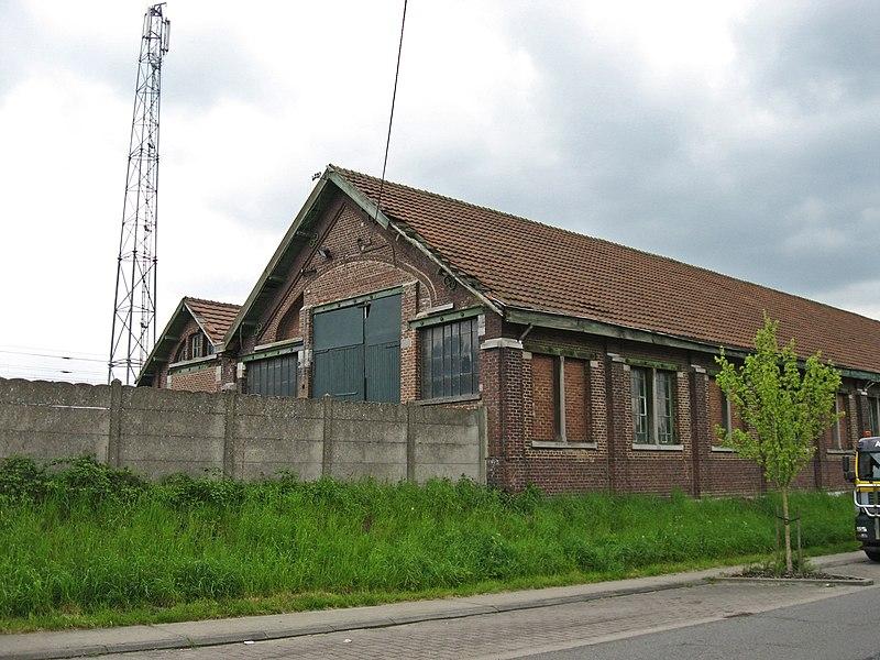 File:Sint-Joris-Weert buurtspoorstation 3.jpg