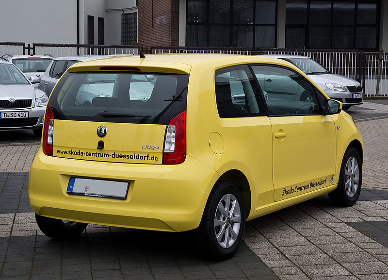 file skoda citigo 1 0 ambition heckansicht 1 17 m rz 2012 d wikimedia commons. Black Bedroom Furniture Sets. Home Design Ideas
