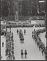 Staatsbezoek Franse president Coty aan Nederland. Rijtoer door Amsterdam. Intoch, Bestanddeelnr 079-0492.jpg
