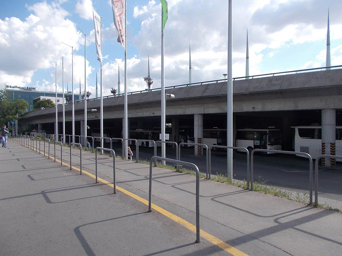 budapest térkép puskás ferenc stadion Stadion autóbusz pályaudvar – Wikipédia budapest térkép puskás ferenc stadion