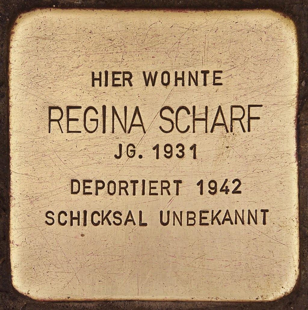 Stolperstein für Regina Scharf (Deggendorf).jpg