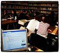 Studenti wikipediani del Liceo Gianturco (Potenza) alla ricerca delle fonti in biblioteca.jpg