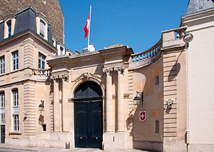 France–Switzerland relations - Image: Swiss embassy in France 20080511 2