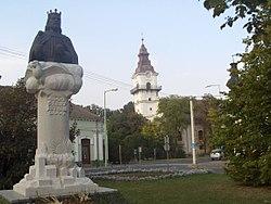 Szent István-szobor (Rajki László, 2000) - Orosháza, Győri Vilmos tér.jpg
