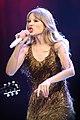 Taylor Swift (6820734978).jpg