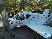 Transition, l'auto volante prodotta da Terrafugia