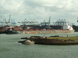Thalassini Kyra p3, Mississippi harbour, Port of Rotterdam, Holland 29-Apr-2006.jpg
