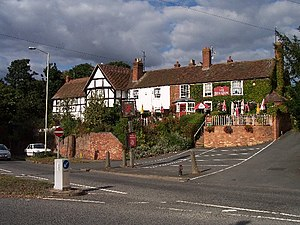 Powick - Image: The Red Lion, Powick geograph.org.uk 54093