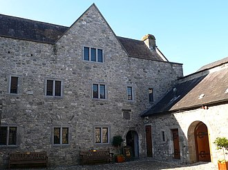 Rothe House - Courtyard and third house in the complex