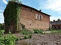 Thizy-les-Bourgs - Ancienne teinturerie - Maison au toit éventré.jpg