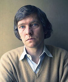 Tom Courtenay 4 Allan Warren.jpg